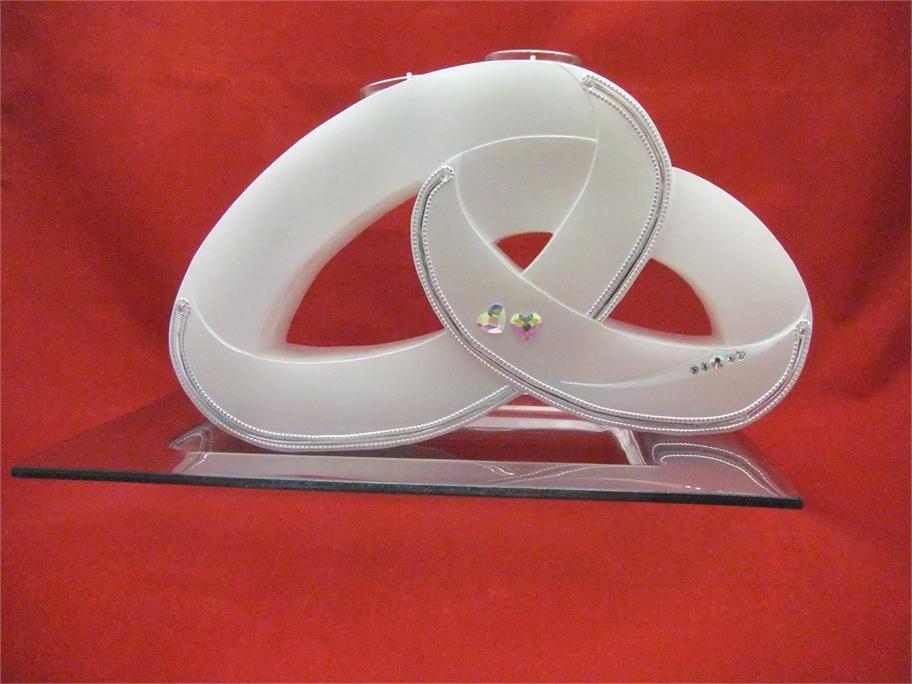 hochzeitskerze exklusiv zwei ringe mit teelichteinsatz online angebote. Black Bedroom Furniture Sets. Home Design Ideas